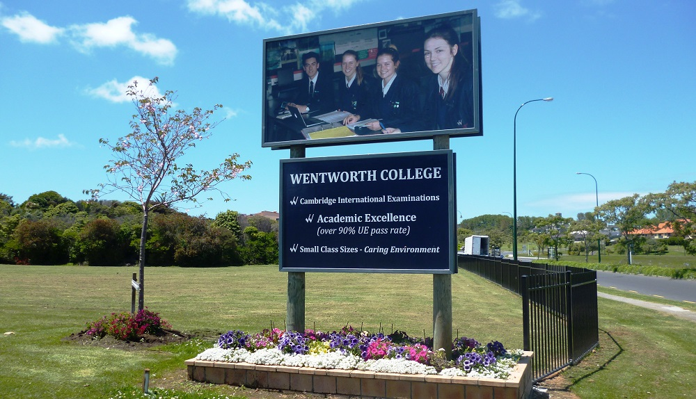 Wentworth College Sign